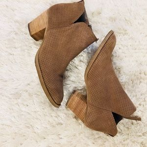 """Dolce Vita Shoes - Dolce Vita Taupe Suede Perforated Bootie Sz 9 3"""""""